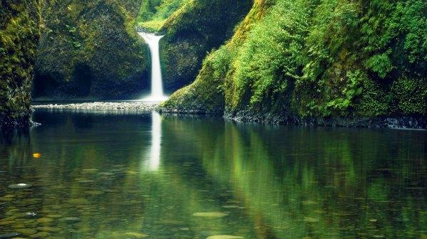 Green-Lake Austria Waterfall